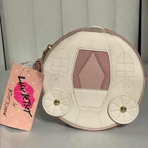 Luv Betsey Johnson carriage ivory wristlet